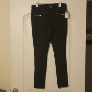 Rue 21 Large skinny dress pants